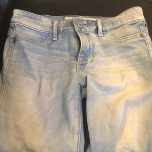 A&F skinny jeans. Size 00S long is 27